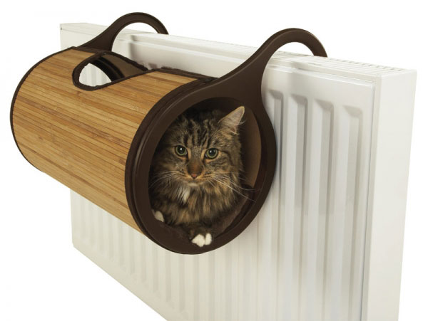 Cats will love curling up in a cosy warm bed