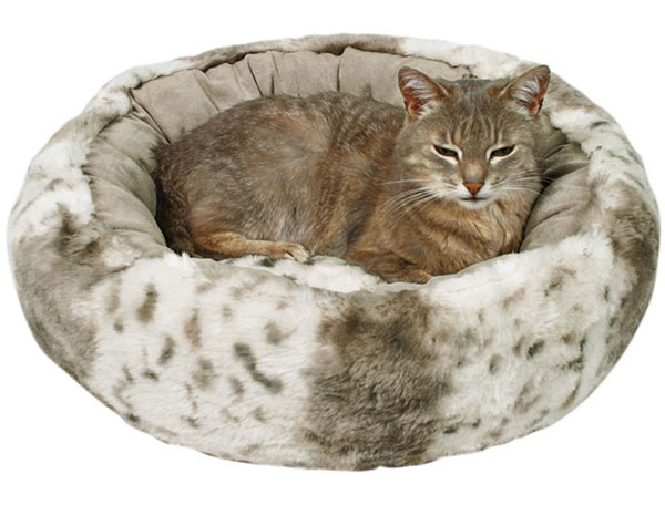 Trixie Plush Donut Cat Bed