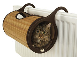Jolly Moggy Bamboo Radiator Bed